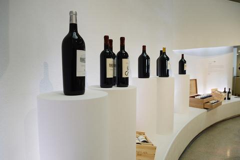 珍藏级红酒难得一遇 拍卖会提供最佳渠道