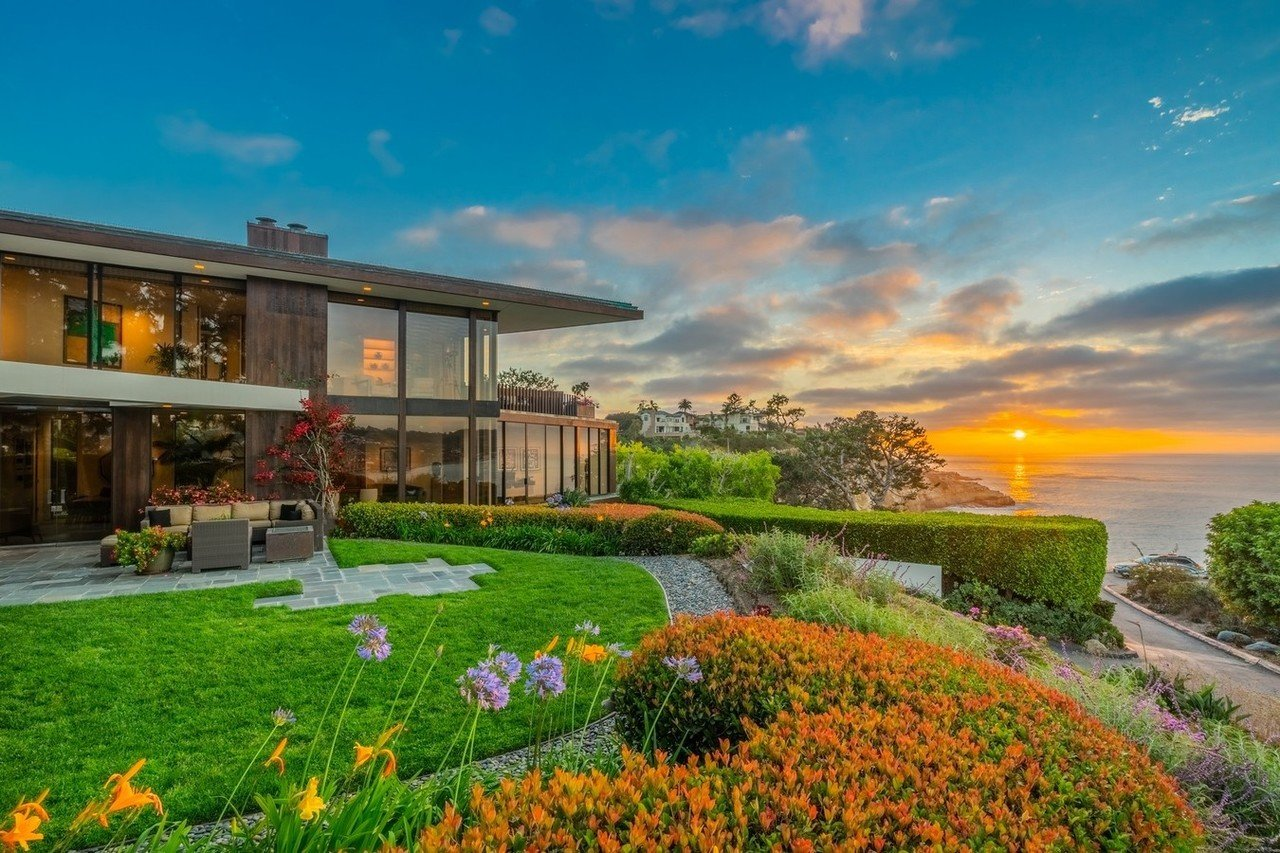 This four-bedroom oceanfront home designed by architectural legend Henry Hester is listed for sale at
