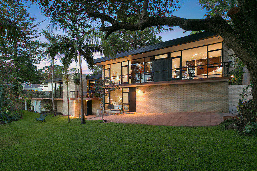 On Sheldon Place, in Bellevue Hill, Sydney, is an original mid-century home designed by Allen Jack +
