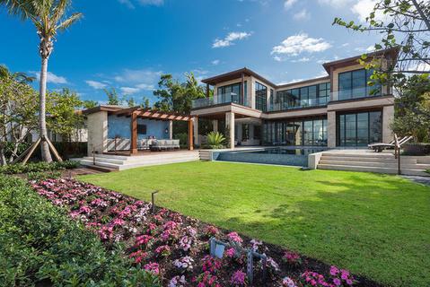 每日豪宅 | 气派不凡的迈阿密海滩全新滨水华宅