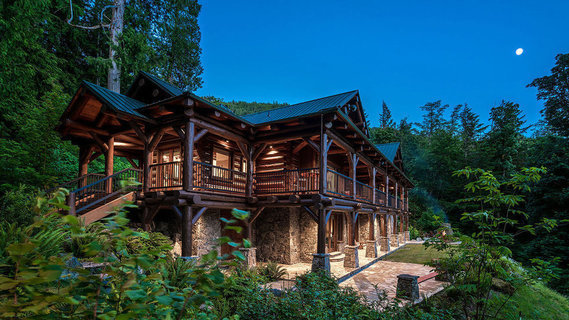 每日豪宅 | 坐拥340英亩山林的加拿大滨水庄园