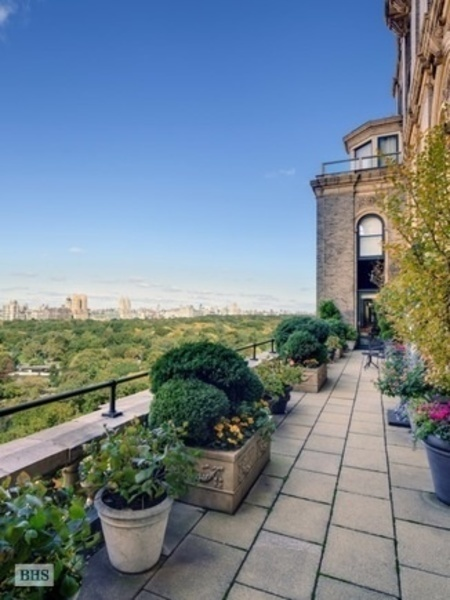 "A seven bedroom, eight bathroom condo on the market in Manhattan for $86 million. <a href=""/listings/"