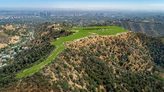 洛杉矶最贵地块叫价10亿美元 谁人接手?