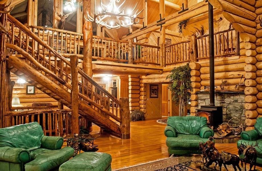 Owned by the family of the late Wes Adams, a Nevada builder and rodeo enthusiast, the property includ